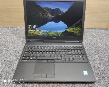 Dell Precision 7520 Core i7-7820HQ Ram 32Gb SSD NVME 512Gb VGA M2200M